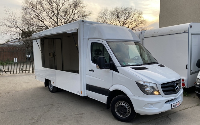Mercedes Benz Sprinter food truck