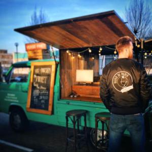 Hieper de Pieper foodtruck + merchandise outfit